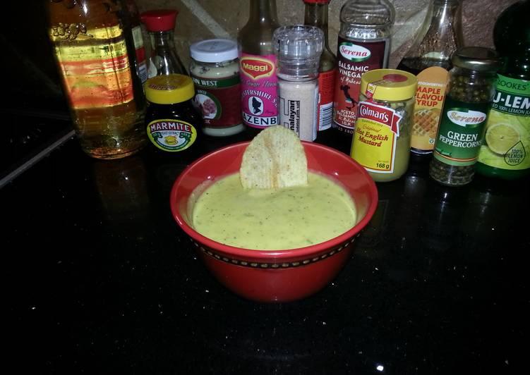 Tasty honey mustard dip/salad dressing
