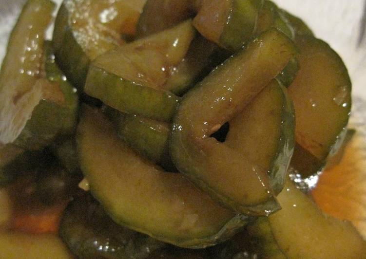 Easy Balsamic Vinegar Pickled Cucumbers [for Japanese expats]