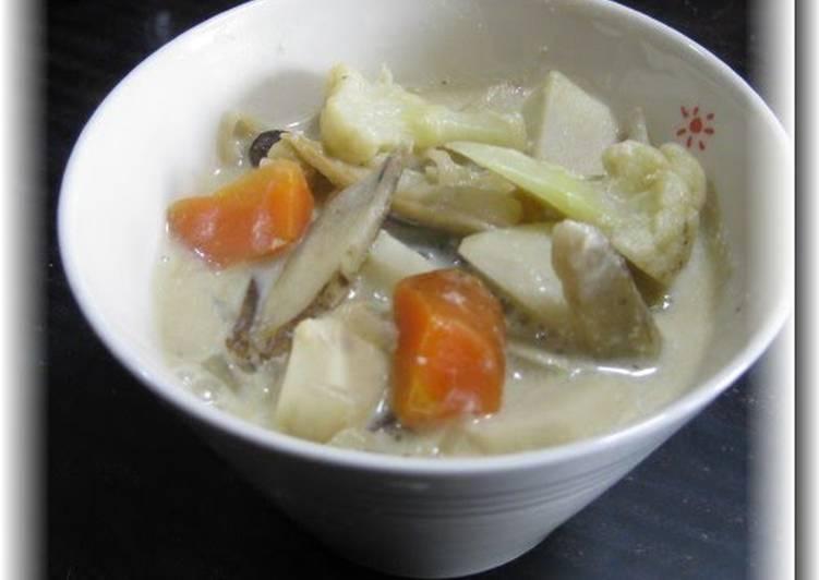 Macrobiotic White Miso Cauliflower Soup - Laurie G Edwards