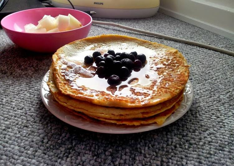 Simple healthy protein pancakes