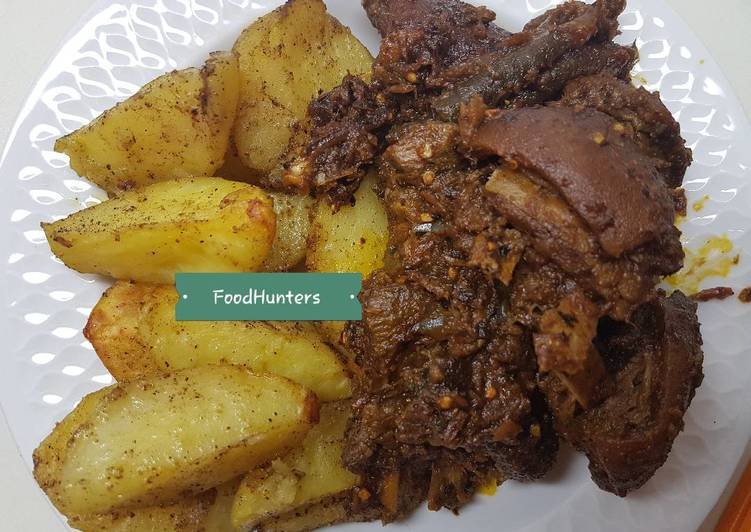 Recipe: Appetizing Peppered GOAT meat and potatoes
