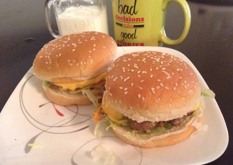 Steps to Prepare Top-Rated Egg Burger