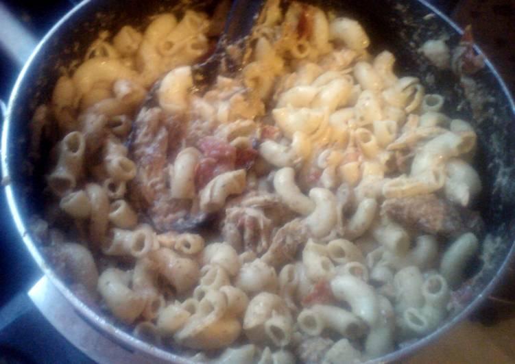 "Pesto Cavatappi (curtesy of ""cooking w/ cristina"" and noodles & co.)"
