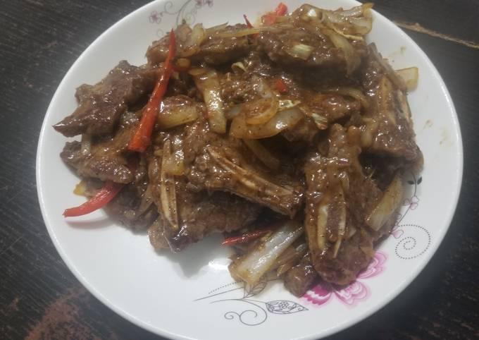 Chinese Stir Fry Black Pepper Beef Ribs 黑椒牛仔骨