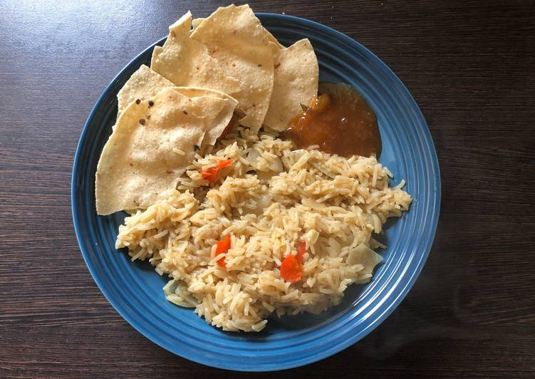 Spiced Basmati Rice with Poppadoms & Mango Chutney