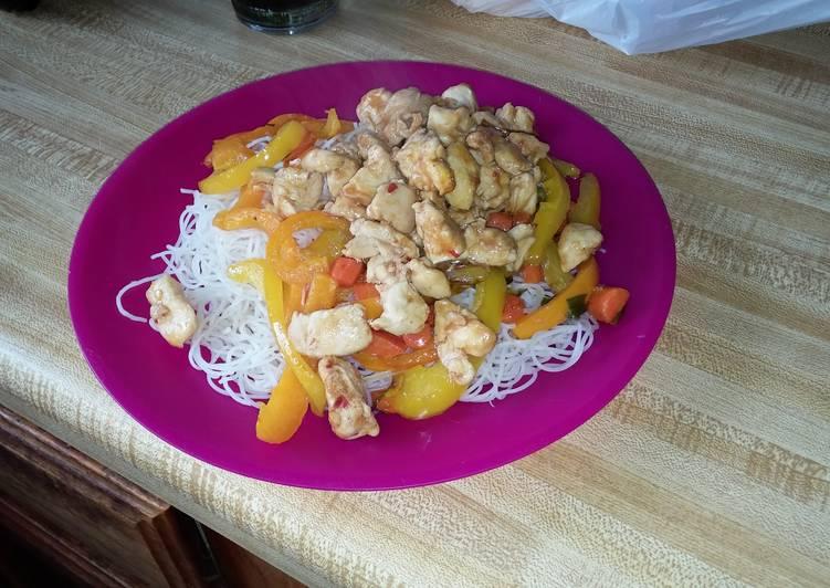 Chicken n Veggie Rice Noodles
