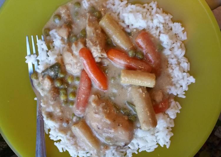 Simple Way to Prepare Homemade Crockpot mushroom ranch chicken over rice