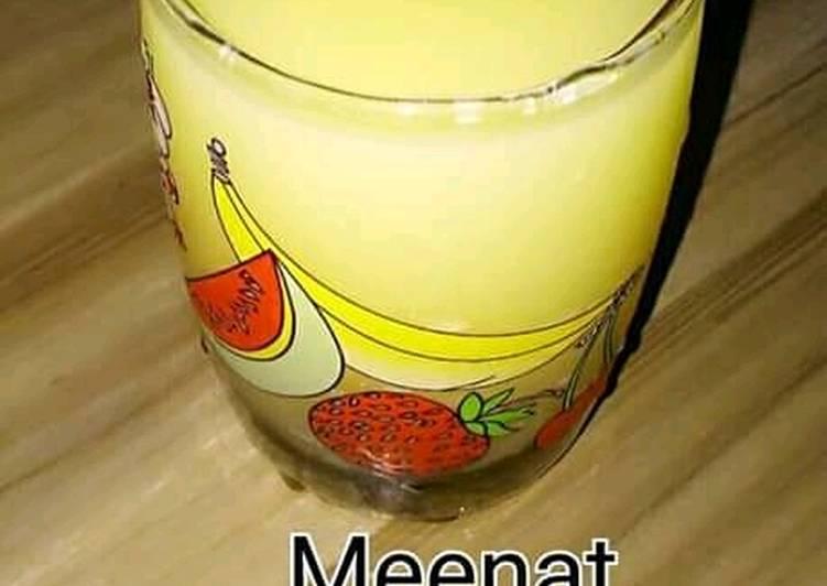 Pineapple and lemon juice