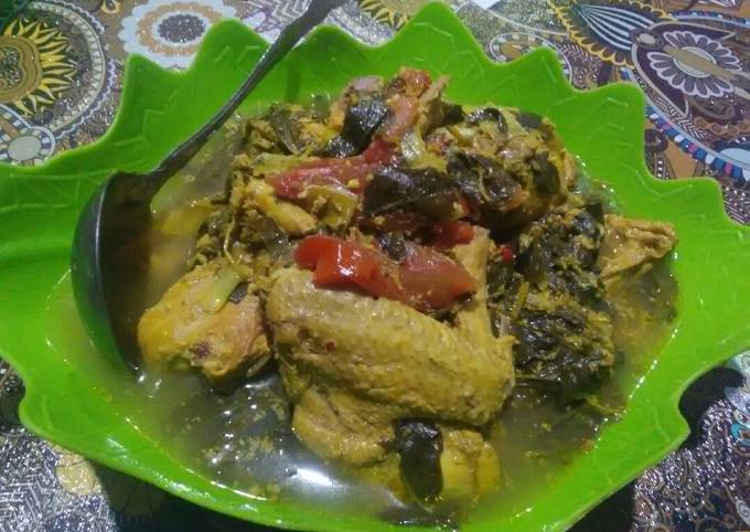 Ayam bumbu kuning tanpa santan