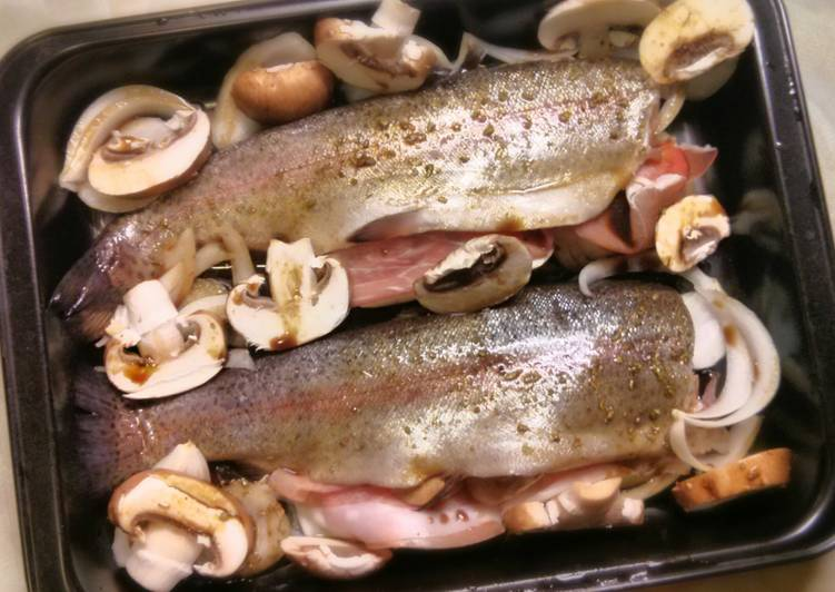 Recipe of Homemade Baked trout with prosciutto