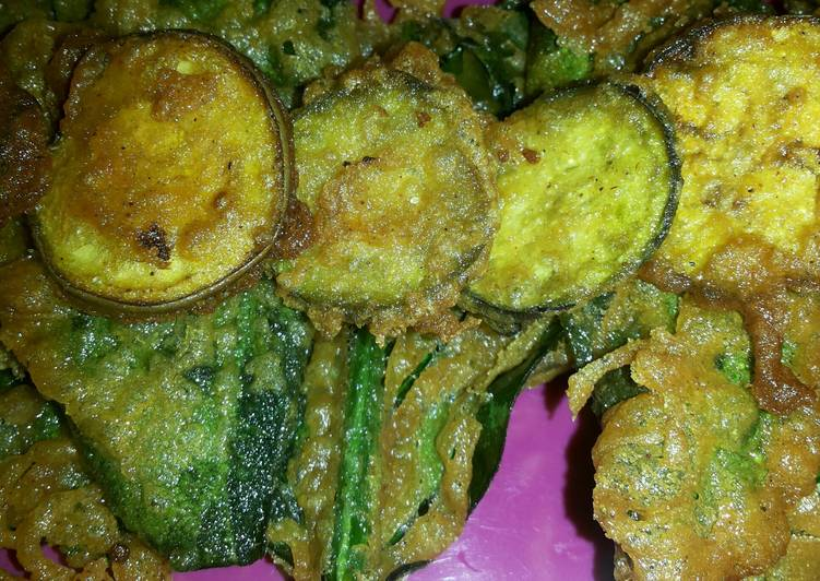 Recipe: Tasty Tempura Fried Spinach and Eggplant