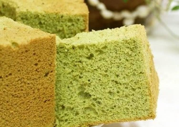 Oil-free Green Tea Chiffon Cake