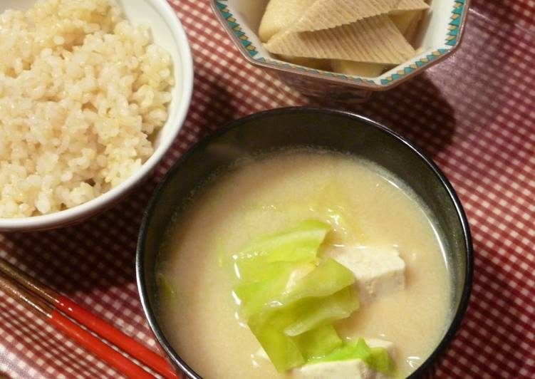 Recipe of Any-night-of-the-week Soy Milk Miso Soup with Cabbage