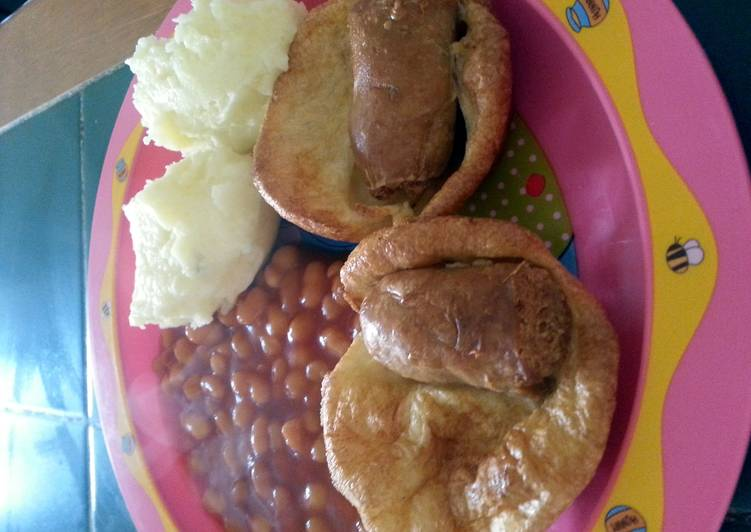 Tiddly Puds (toad in the hole)
