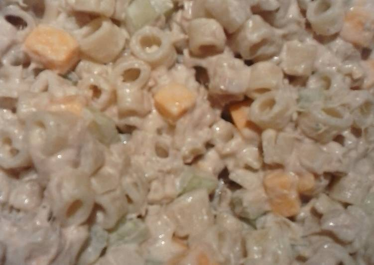 Delicious Celery, Cheese, and Tuna pasta salad