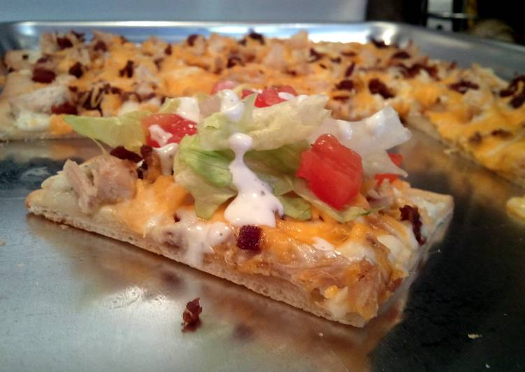 Chicken Club Pizza