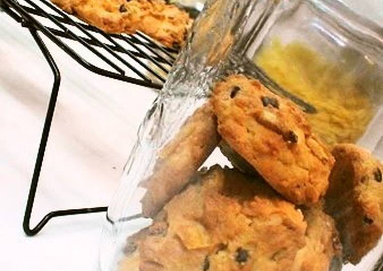 Chocolate and Banana Chip Cookies