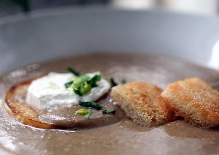 Sig's Lentil, Artichoke and Scallion Soup