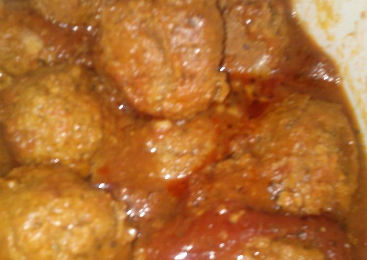 Vi's crockpot meatballs