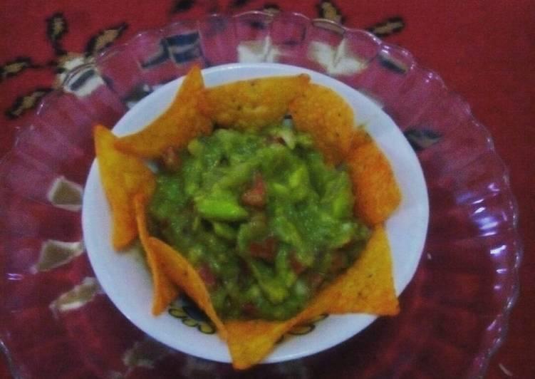 Saus Guacamole sederhana