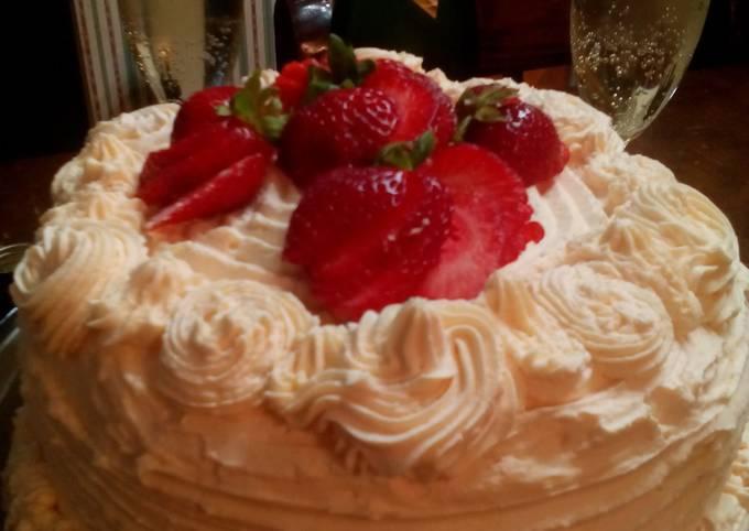 Sunshines strawberry champagne cake
