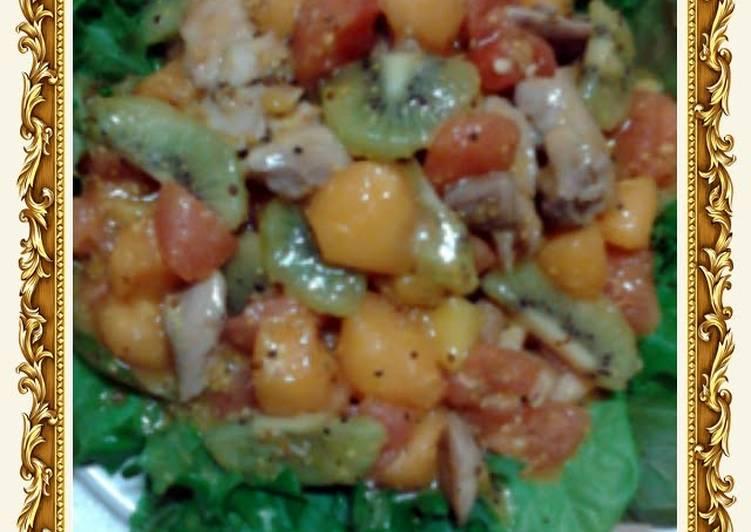 Amy's Refreshing Honey Mustard Chicken Salad .
