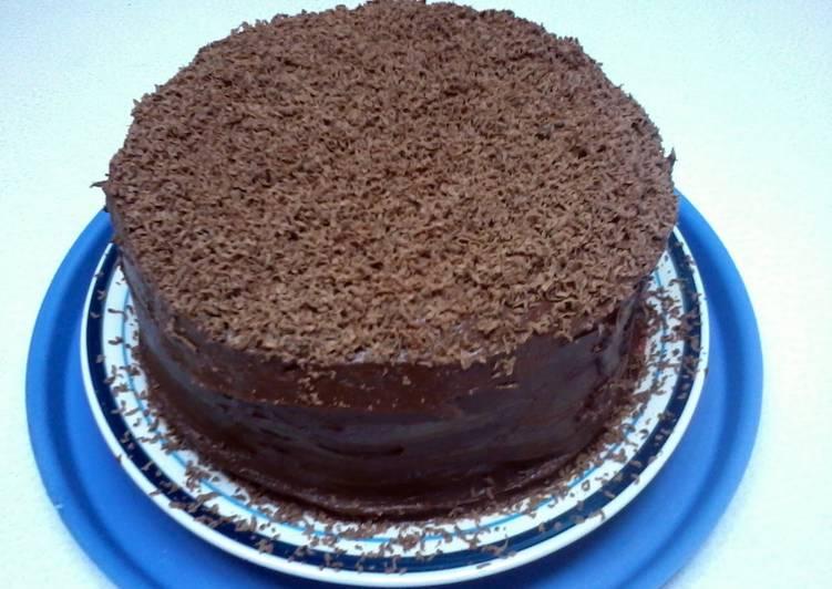 Hershey S Perfectly Chocolate Chocolate Cake Recipe By Pinkyleigh85 Cookpad