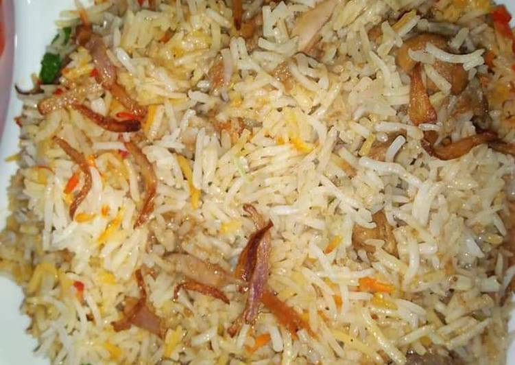 Recipe of Award-winning Chicken aloo Spicy biryani