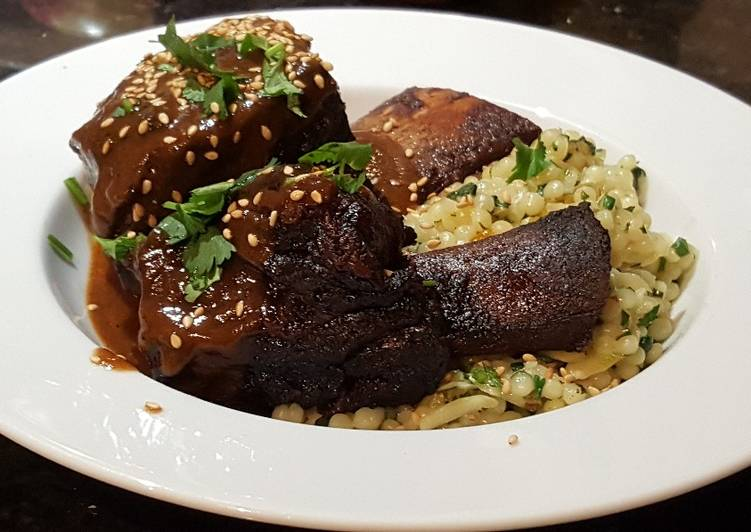 Simple Way to Make Homemade Pomegranate Braised Short Ribs