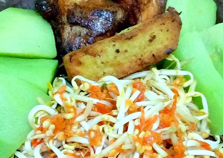 Ayam penyet sambel tauge #BikinRamadanBerkesan