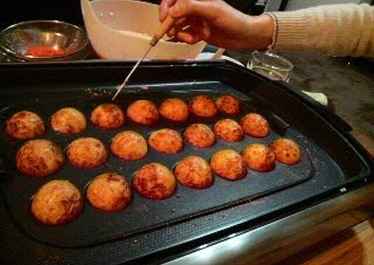 Perfectly Round Takoyaki With Crisp Outsides and Creamy Insides