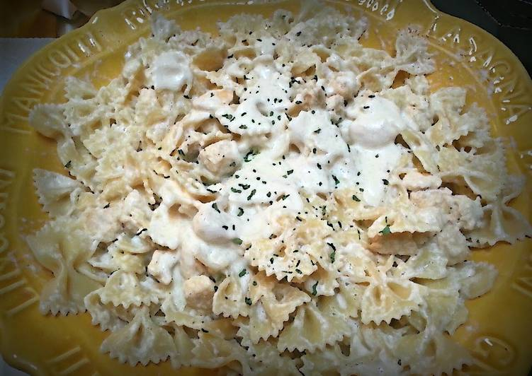 Simple Way to Make Homemade Easy Cream Cheese Alfredo Sauce