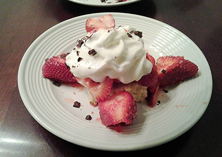 Strawberry Shortcake with Vanilla Ice Cream Cake