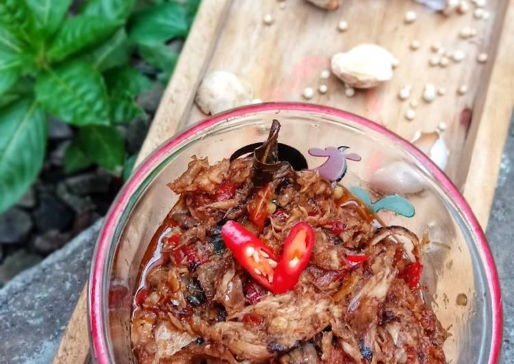 Ikan Tongkol Suwir Bumbu Pedas