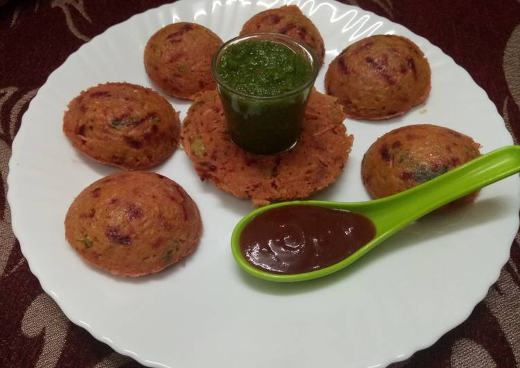 Mix Veg Oats Idli (in microwave)