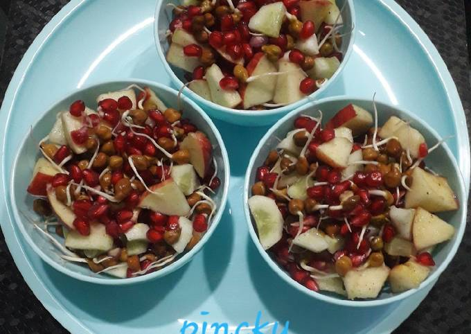 Healthy & nutritious sprout fruit chaat