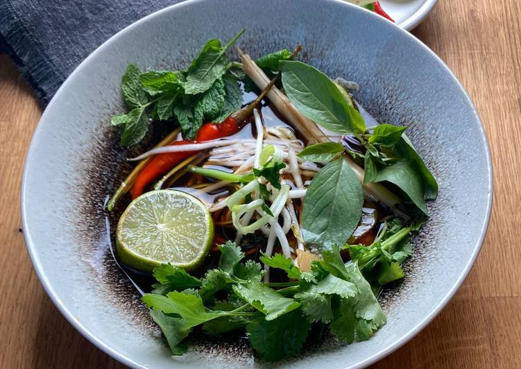 Recipe of Perfect Seasonal Veggie Tom Yum Soup with Herbs 🌱