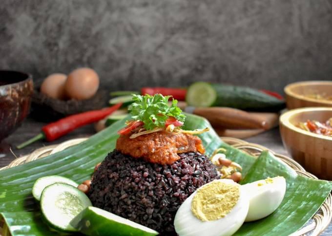 Black Nasi Lemak