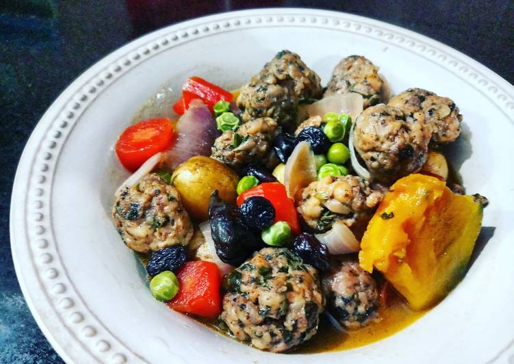 Azeri Chicken Stew (Azerbaijan) Recipe by hobbycooksaby