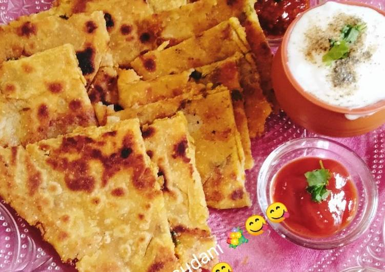 How to Prepare Perfect Healthy breakfast Potato 😋 onion Paratha 😋💐