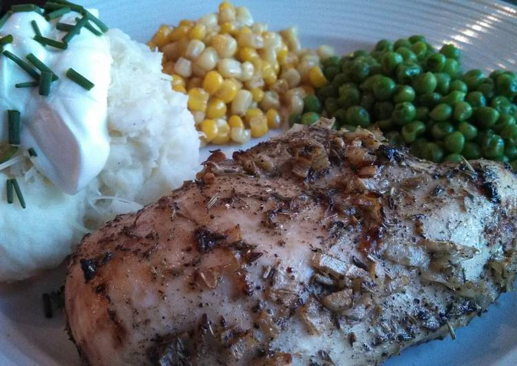 Recipe of Perfect Roasted Herb Basted Chicken