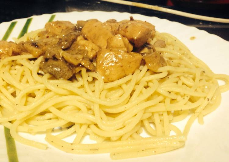 10 Minute Steps to Make Any Night Of The Week Chicken Stroganoff