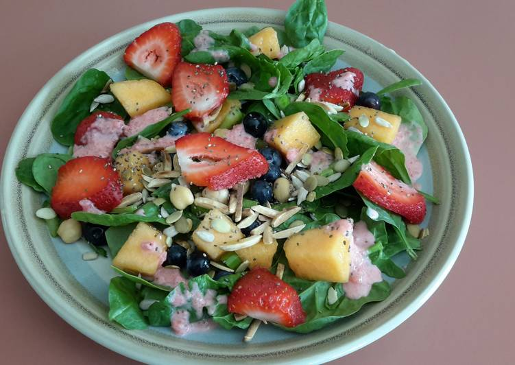 How to Make Award-winning Breakfast Salad