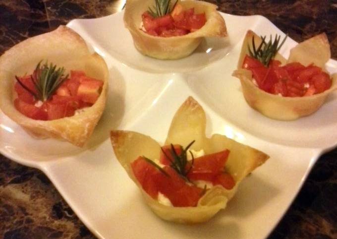 Goat cheese and tomato appetizer