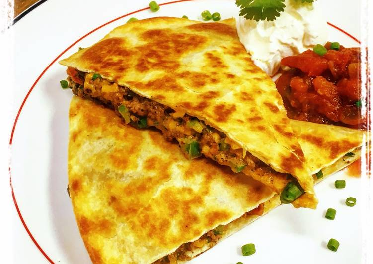 Eating 14 Superfoods Is A Great Way To Go Green And Be Healthy Beef Quesadillas