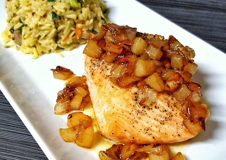 Salmon with Caramelized Pears and Onions