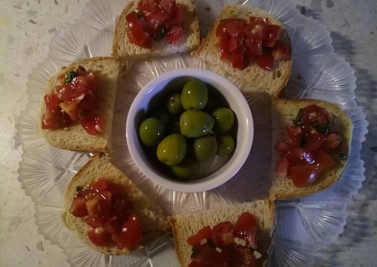 Steps to Prepare Super Quick Homemade Tomato, garlic and basil bruschetta