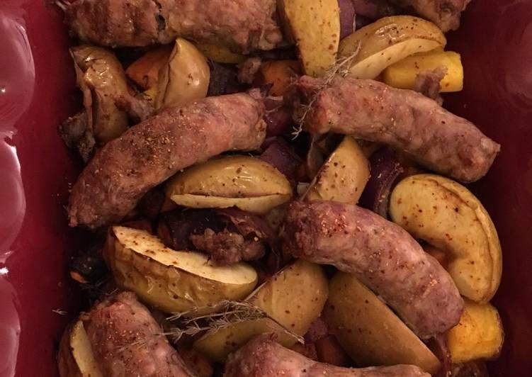 Pommes, racines et saucisse de poulet au four