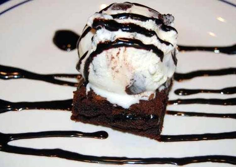 Quick Dessert -- Out the Box Brownies