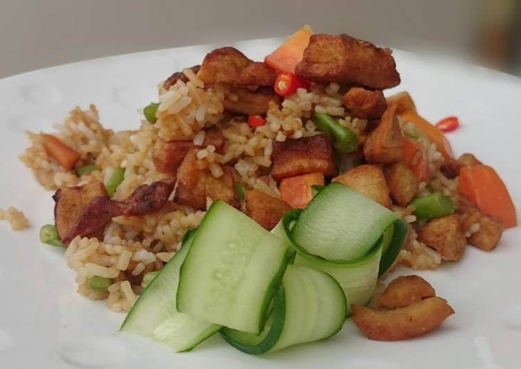 Eating 14 Superfoods Is A Superb Way To Go Green And Be Healthy Fried Rice Top Pork Lard